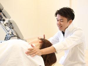 頸椎捻挫・頸椎損傷の施術写真